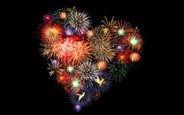 fireworks-heart-wallpaper